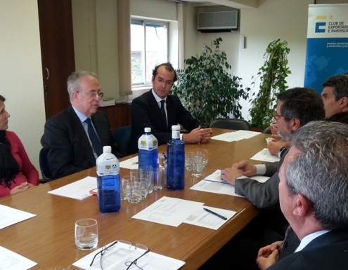 Nuestros socios mantuvieron una reunión de trabajo con el embajador de España en Egipto
