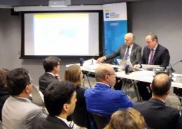 En la reunión intervinieron José Manuel Reyero, del Club de Exportadores, y Sergio Pérez, subdirector general de Fomento Financiero a la Internacionalización