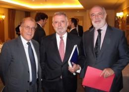 Balbino Prieto, Víctor Fagilde y Javier Sangro (subdirector general de Relaciones Económicas Bilaterales)