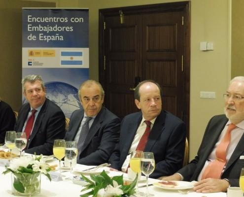 Los socios del Club mantuvieron un encuentro con el embajador de España en Argentina